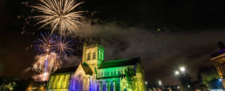 Paisley Fireworks 2019 over Paisley Abbey