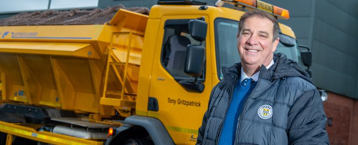 Tony Fitzpatrick with his namesake gritter Tony Gritzpatrick
