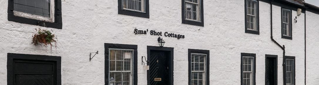 Sma' Shot Cottage, Paisley exterior