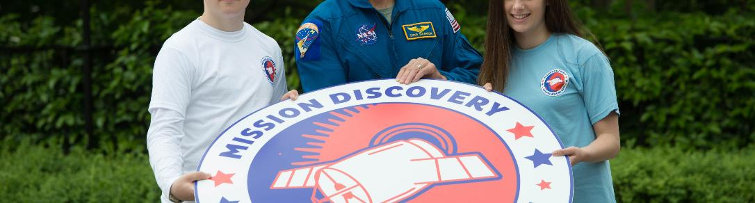 Astronaut Steve Swanson and Renfrewshire pupils kick-off Mission Discovery Renfrewshire 2017