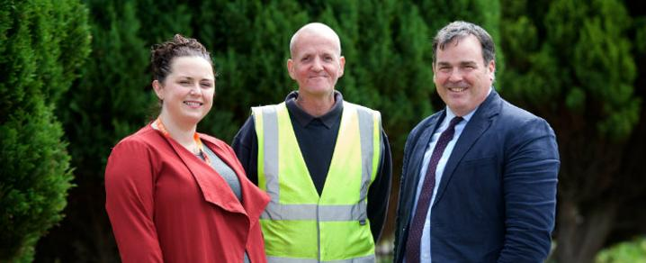 Invest in Renfrewshire Community Engagement and Outreach officer Sarah McEwan; Ronnie Lockhart and Renfrewshire Council Leader Iain Nicolson
