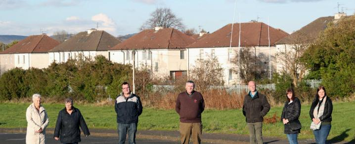 Tenants and residents in Tannahill welcome the new council house plans