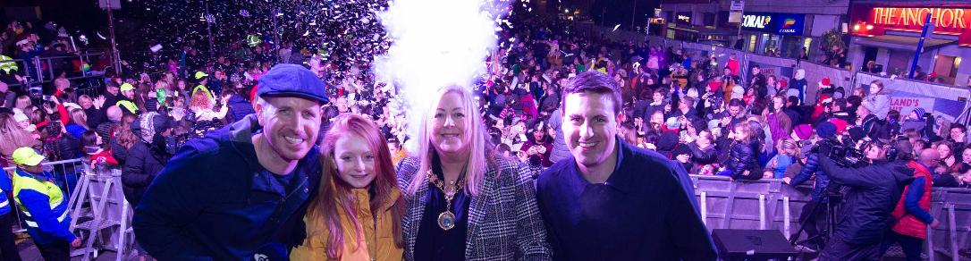 Provost at Light Switch on Paisley 2018