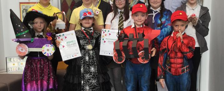 St Fergus Primary pupils with their engineering certificates